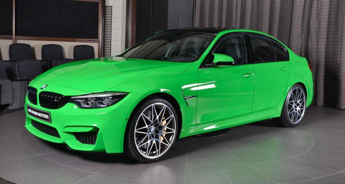 La BMW M3 revêt la couleur du Père Noël, la vraie !