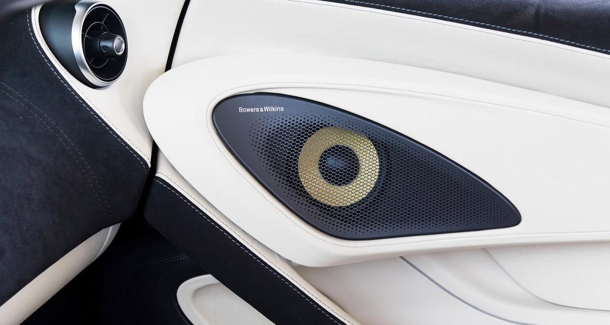 La nouvelle 570 Spider de McLaren s'équipe d'un système hi-fi Bowers & Wilkins