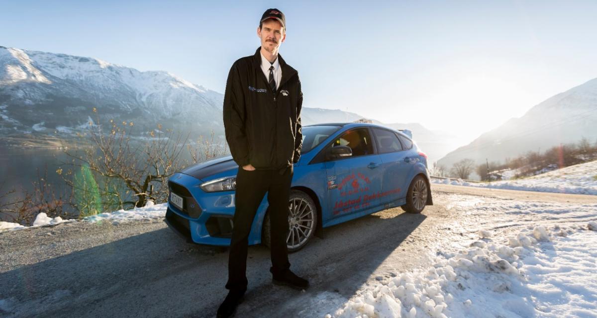 Une Ford Focus RS est vraiment utilisée comme taxi par son propriétaire