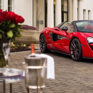 McLaren fête la Saint-Valentin avec une 570S Spider unique