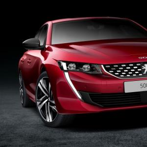 Peugeot 508: la féline a de nouveau les crocs!