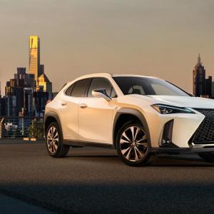 Lexus UX : le modèle de série débarque à Genève