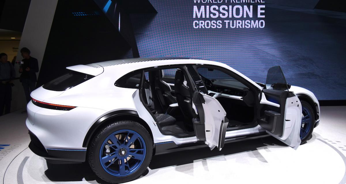 Porsche Mission E Cross Turismo : photos et vidéo depuis le salon de Genève