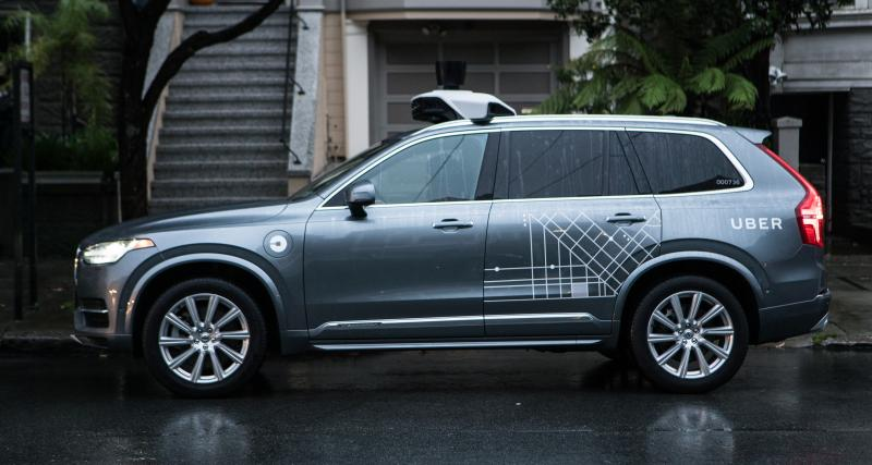 Accident mortel d'un véhicule autonome d'Uber : la cycliste en cause ?
