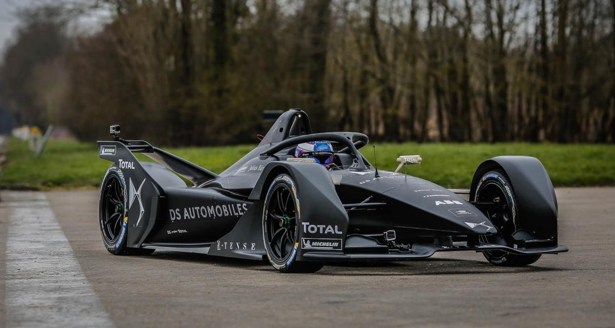 DS teste sa future Formule E à Versailles