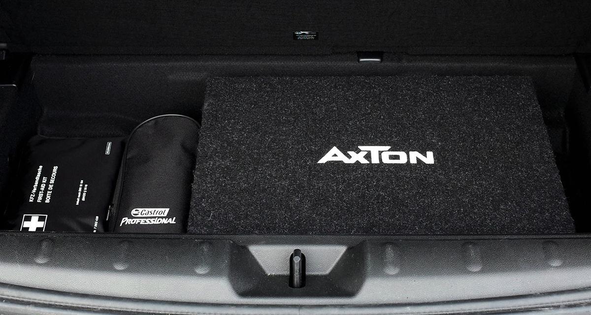 Un caisson de grave dynamique et intégrable chez Axton