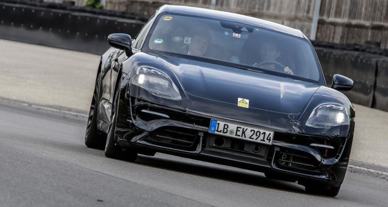 La Porsche Mission E sur circuit avec Mark Webber