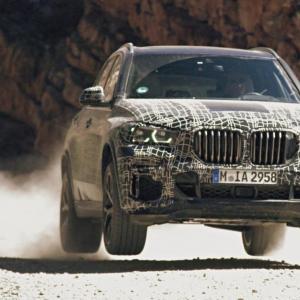 Le futur BMW X5 affronte les éléments en vidéo