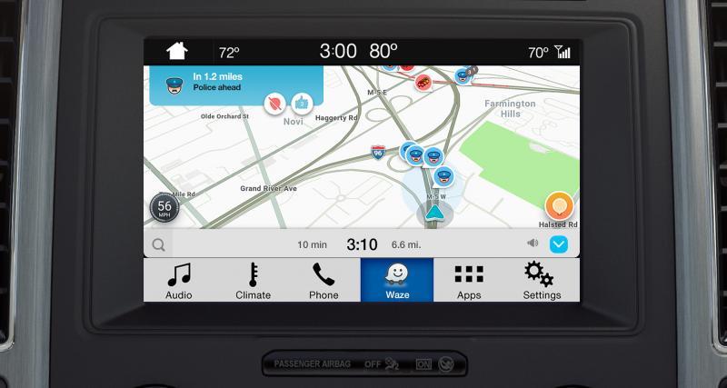 Waze pour iPhone en affichage déporté, c'est désormais possible via Ford Sync