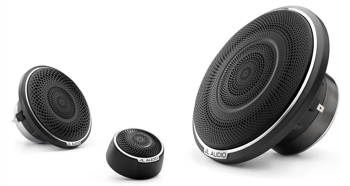 JL Audio présente des nouveaux haut-parleurs haut de gamme pour réaliser une installation hi-fi