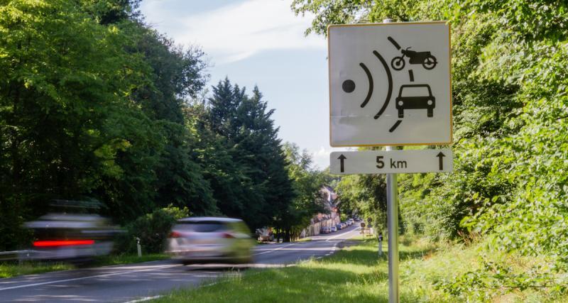 Panneaux à 80 km/h: premier grand excès de vitesse