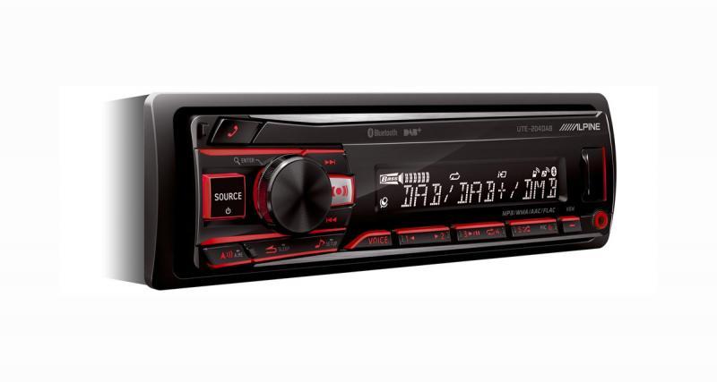 Alpine Electronics présente un nouvel autoradio numérique avec tuner DAB