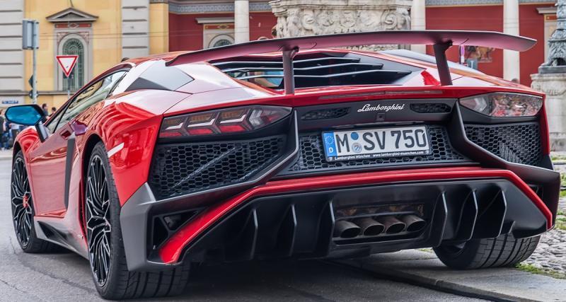 Aubameyang : 1.400 euros d'amende pour excès de vitesse en Lamborghini