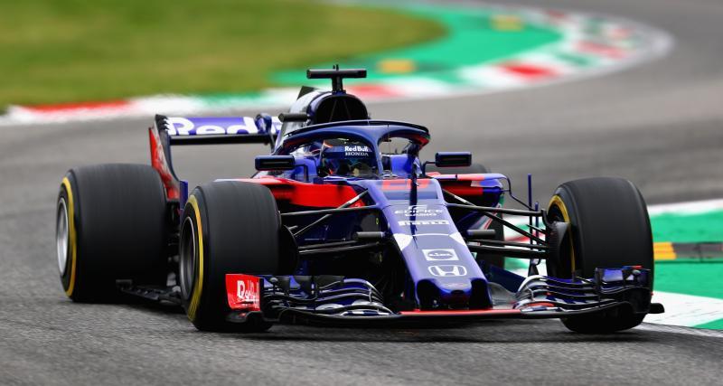 Une F1 à moteur Honda sur le stand auto