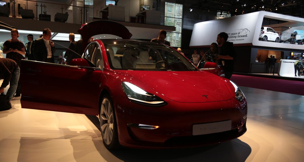 mondial de l auto 2018 tesla model 3 pr sentation photos et vid o. Black Bedroom Furniture Sets. Home Design Ideas