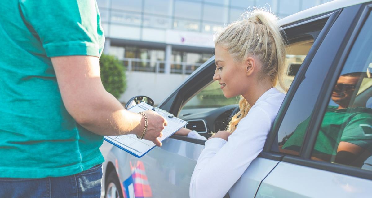 Vraie auto-école mais faux permis de conduire