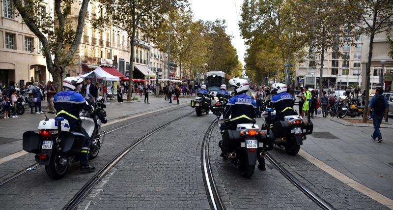 """Manifestation du 17 novembre : """"Un complot entre le gouvernement et Facebook"""""""