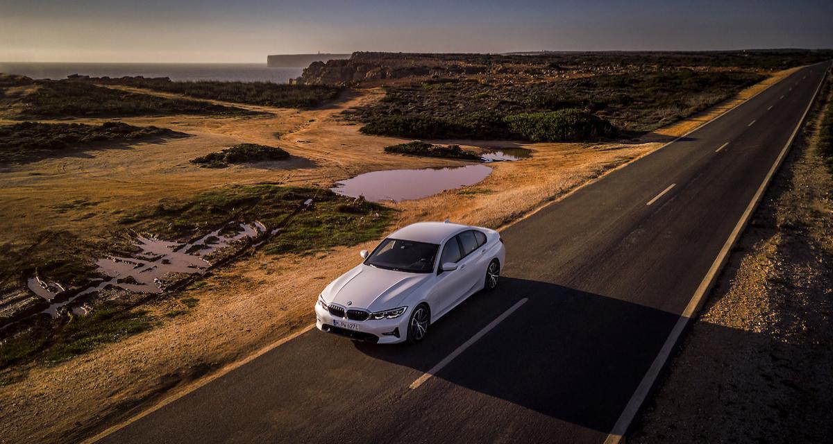 BMW 330e : la Série 3 hybride rechargeable se dévoile