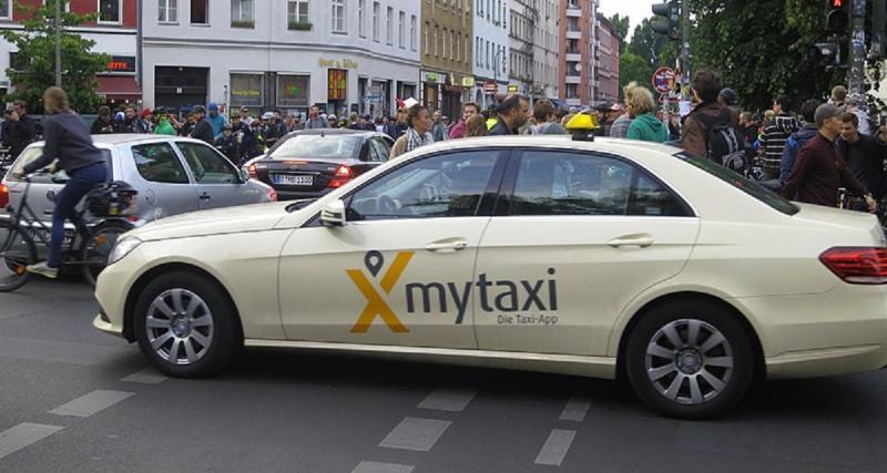 Ride-Hailing avec mytaxi, chauffeur privé, Clever Taxi et Beat
