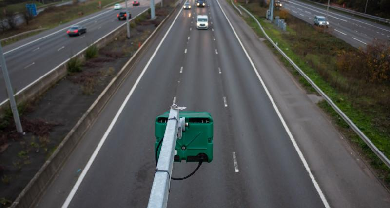 Un footballeur double une voiture de police à 201 km/h