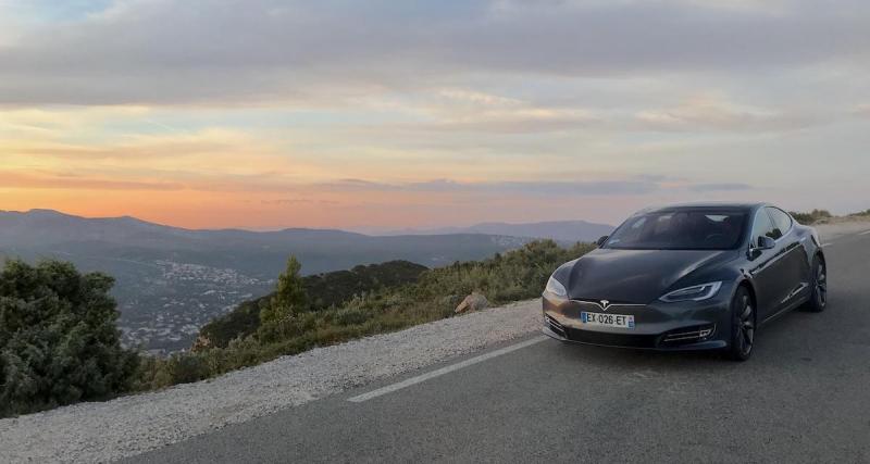 Tesla : ce sera 100 000 euros minimum !