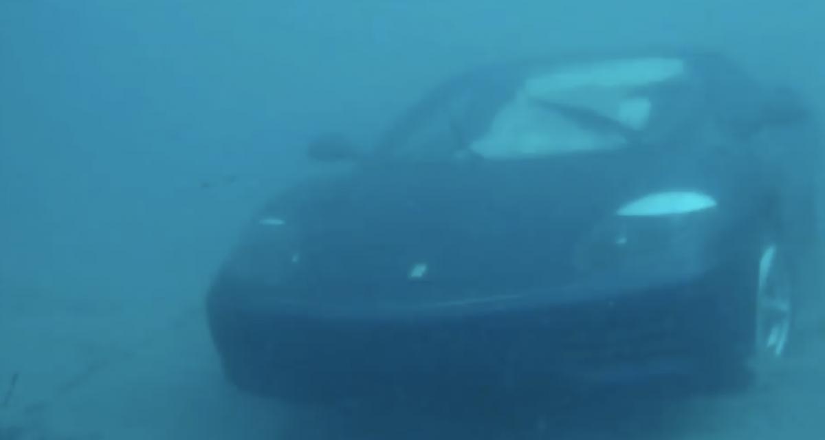 Un homme jette sa Ferrari 360 Modena dans l'océan (vidéo)