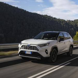 Essai du Toyota Rav4 Hybrid 2WD Collection: nos impressions au volant du SUV familial hybride