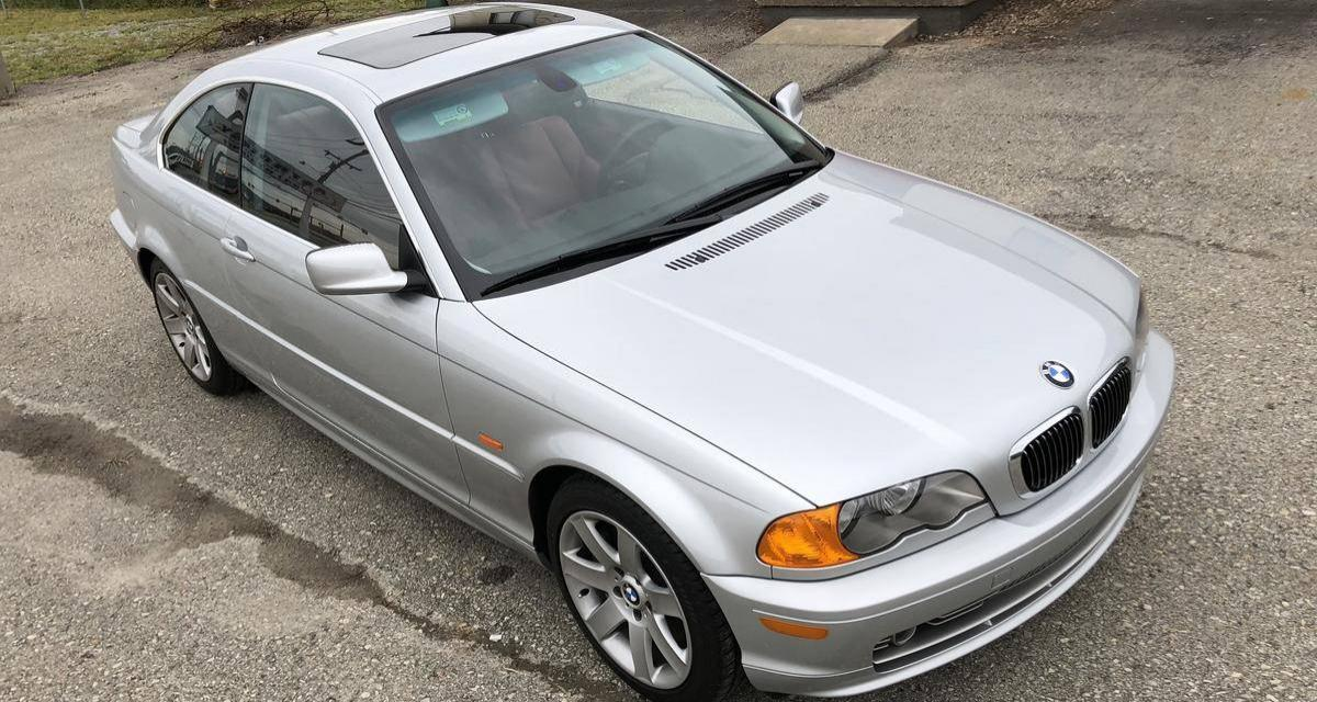 Une BMW Série 3 E46 de 2001 est en vente avec moins de 1 400 kilomètres !