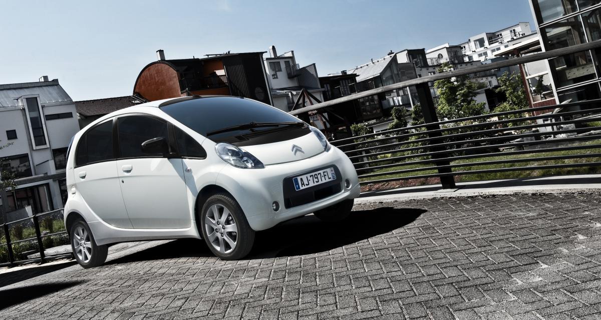 Car2Go ou Free2Move : quel opérateur d'autopartage choisir à Paris ?