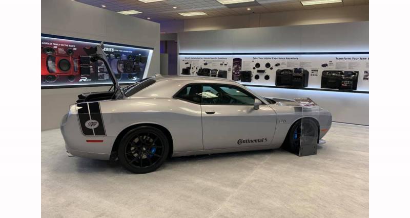 Au CES 2019, Alpine Electronics présentait un très beau show car sur une Dodge Challenger