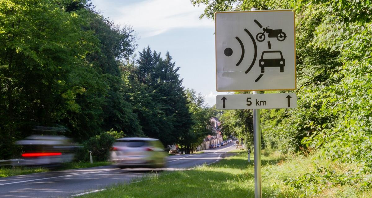 Un chauffard de 22 ans flashé à 160 km/h sur une route limitée à 80