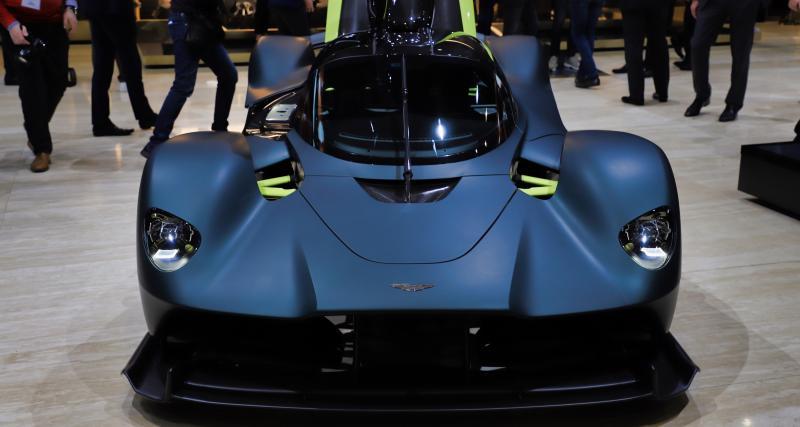 Aston MartinValkyrie: la supercar hybride en 4 points