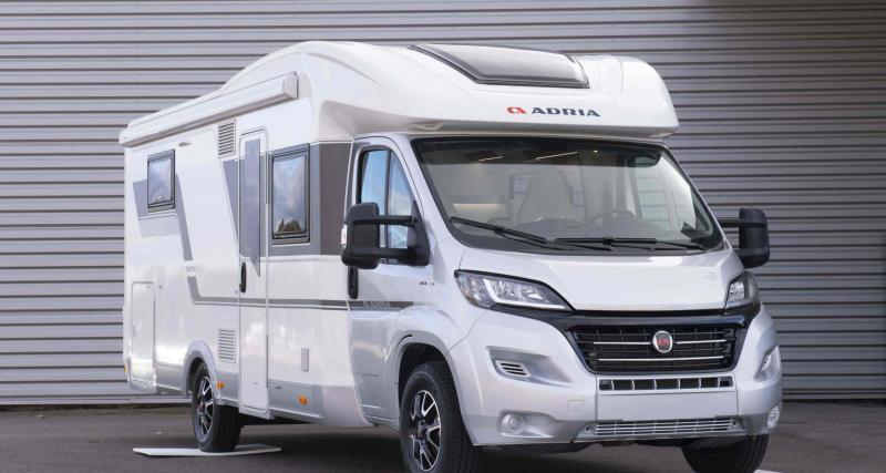 Le camping-car Adria Compact DL en 3 points