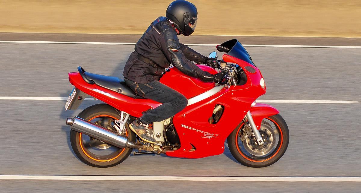 Flashé à 241 km/h à moto sur une départementale !