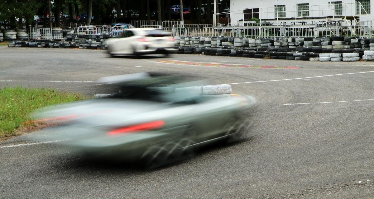 Pressé de se rendre à son travail il roule à 201 km/h