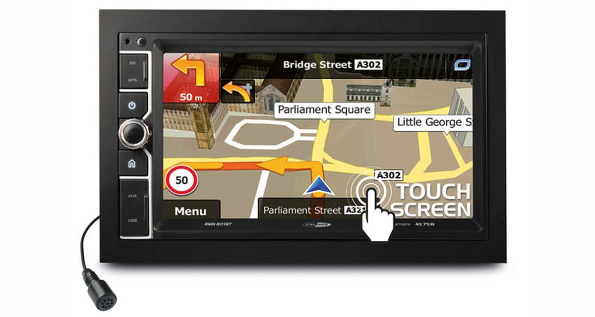 Caliber commercialise un autoradio GPS dédié aux sources nomades