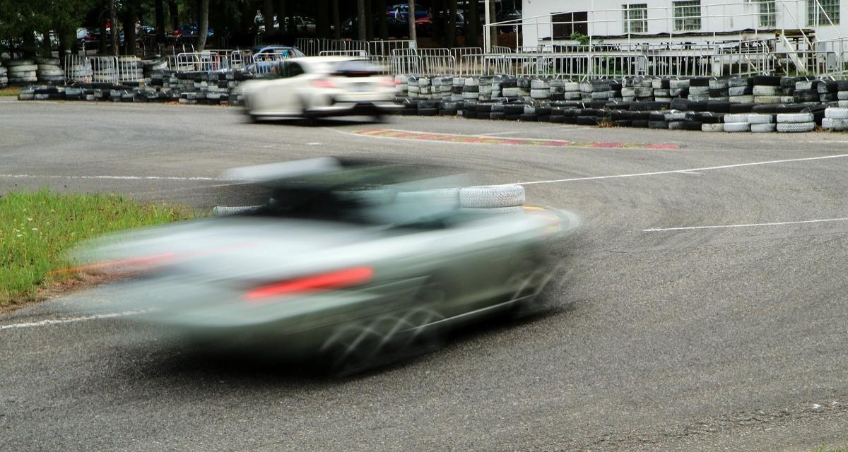 Course-poursuite avec la police à 209 km/h !
