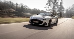 L'Aston Martin DBS Superleggera, maintenant en version Volante