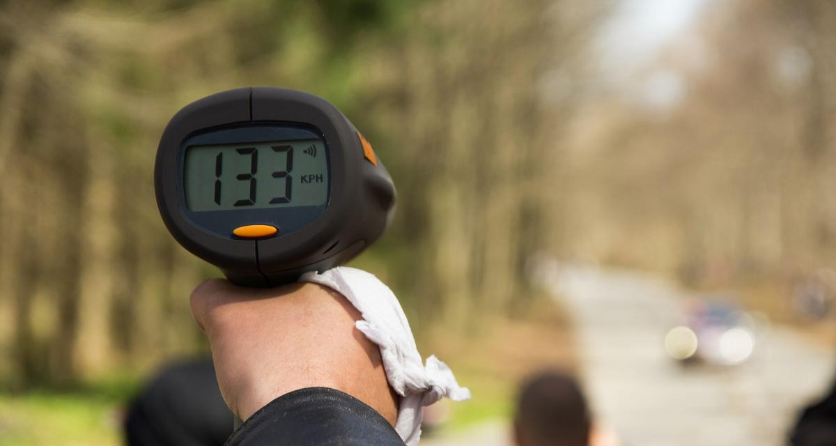 Flashé à 180 km/h sur la départementale RD 106