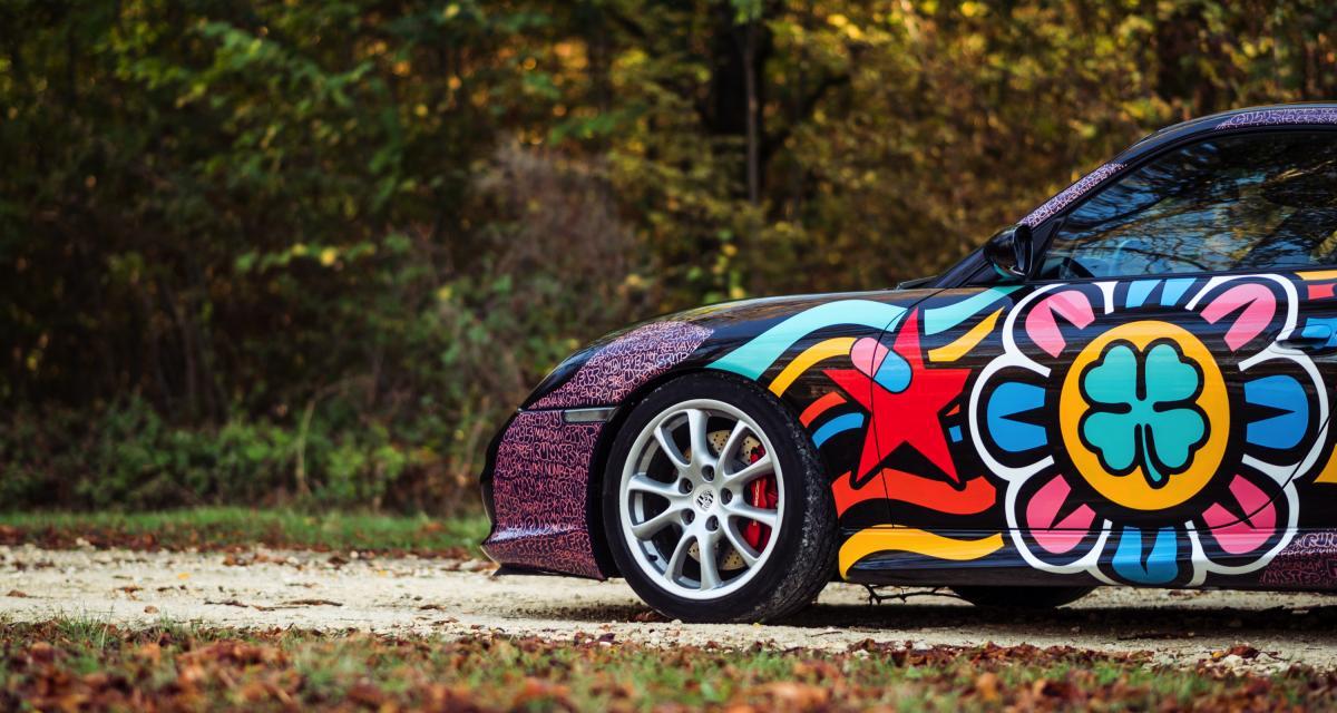 Vente Artcurial : une Porsche 911 996 GT3 colorée contre le cancer