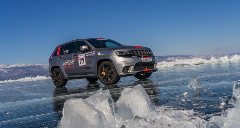 Record sur glace : 280 km/h pour le Jeep Grand Cherokee Trackhawk en Sibérie