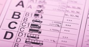 Permis de conduire moins cher : les mesures en quatre points