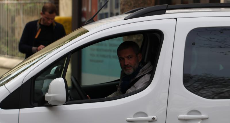 Julien D., roule en Citroën E-Berlingo Multispace: «Mon pompiste ne me salue plus»