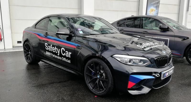Une BMW M2 pas très l'aise