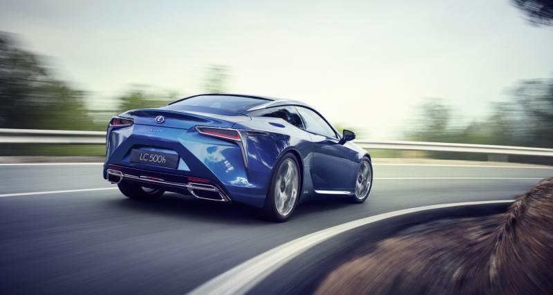 Quelle est la gamme Lexus Hybride Drive ?