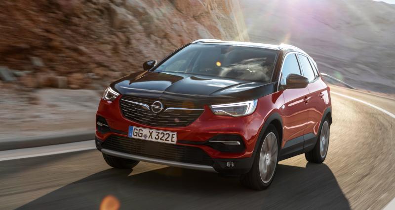 Opel Grandland X Hybrid4 : toutes les photos du crossover électrifié