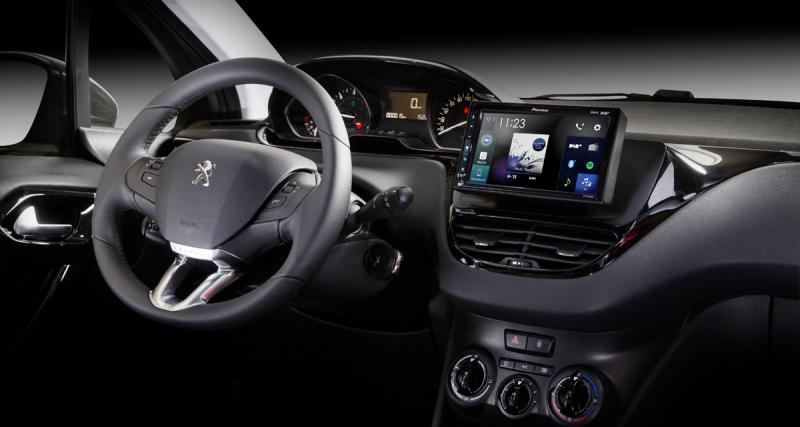"Pioneer unveils a tablet ""plug and play"" with CarPlay and Android"