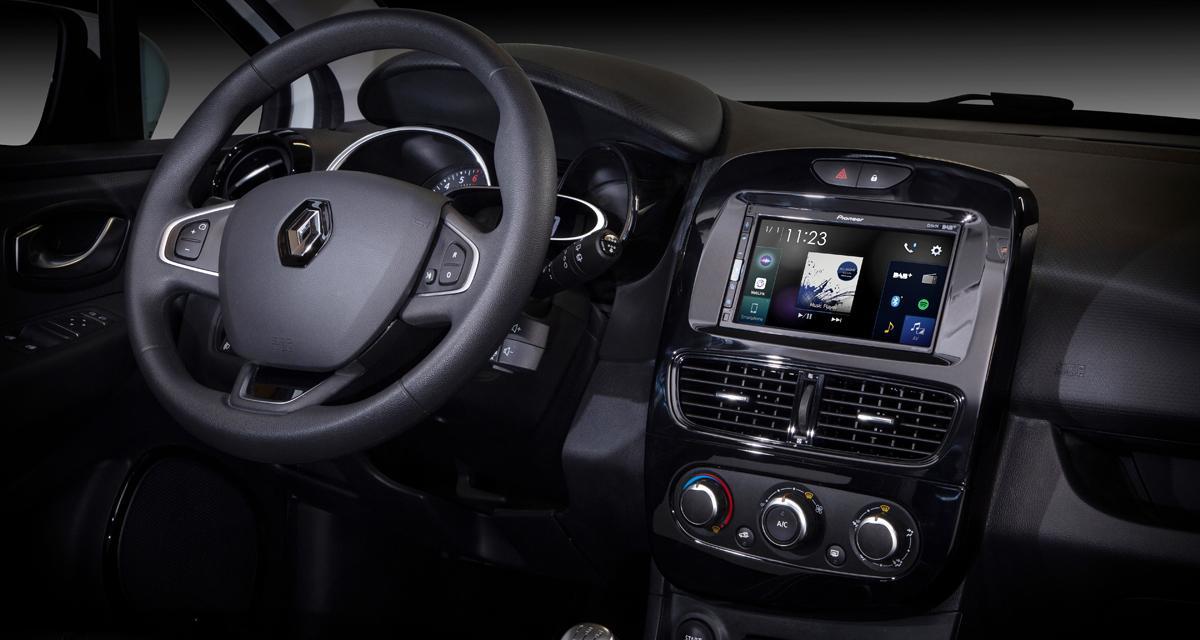 "Un autoradio CarPlay et Android ""plug and play"" pour la Clio 4 chez Pioneer"