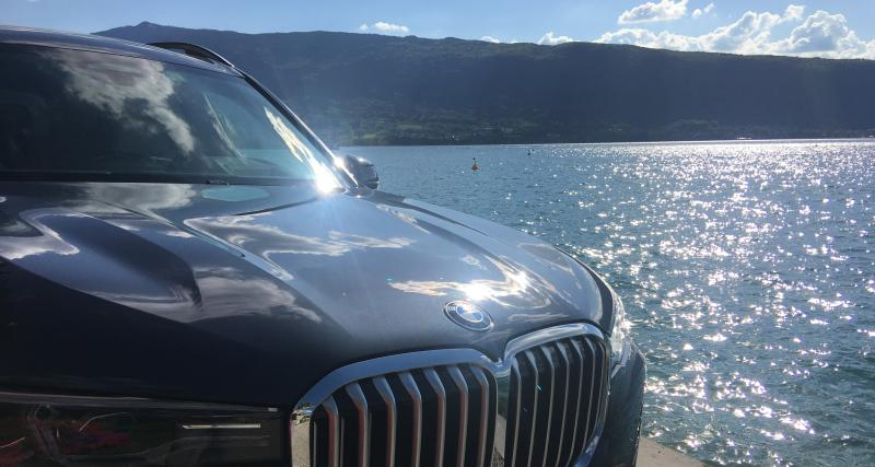 BMW X7 : nos photos de l'essai au lac d'Annecy