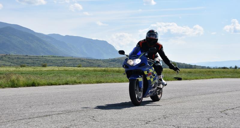 Flashé à plus de 182 km/h à moto dans l'Aveyron sur une route limitée à 80 km/h